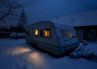 How to heat a towing caravan: a comprehensive guide to keeping warm when winter touring